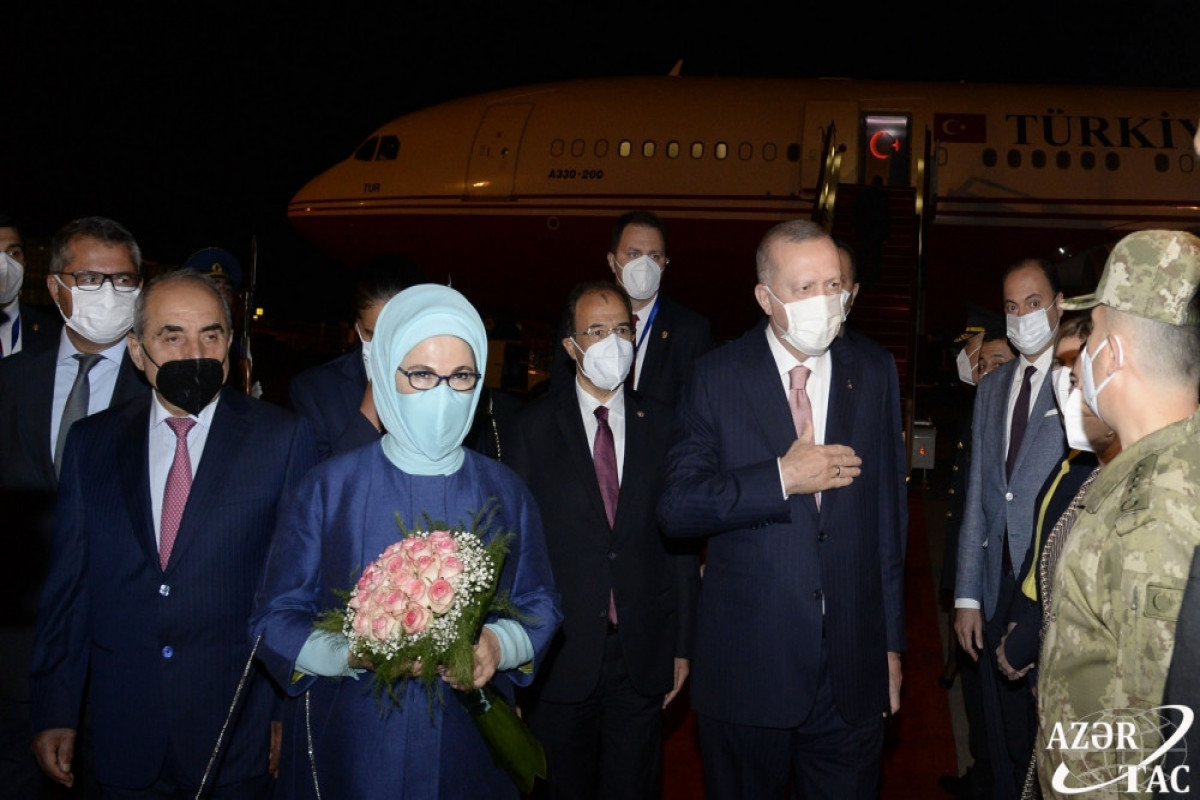 """Президент Турции прибыл с официальным визитом в Азербайджан-<span class=""""red_color"""">ФОТО-<span class=""""red_color"""">ОБНОВЛЕНО"""