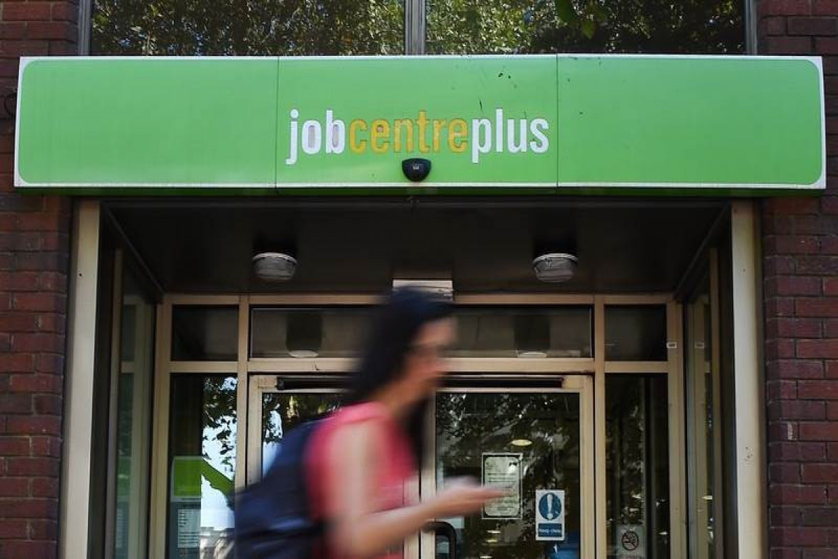 UK unemployment rate at 4.7% in April