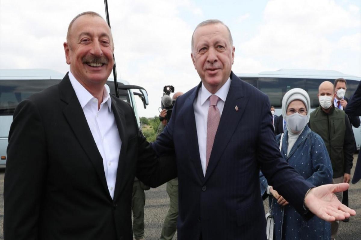 Azerbaijani President Ilham Aliyev welcomed Turkish President Recep Tayyip Erdogan in Fuzuli district