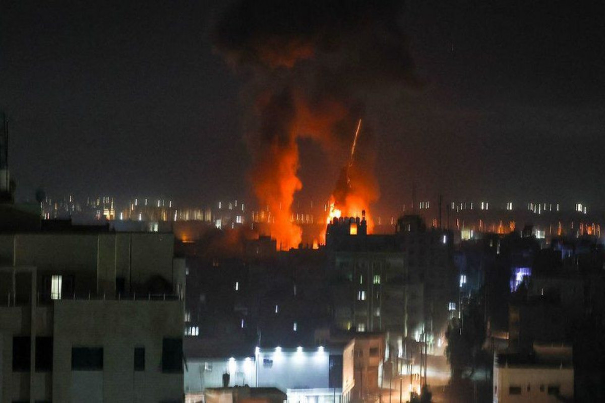 Israel strikes in Hamas targets after arson balloons launched