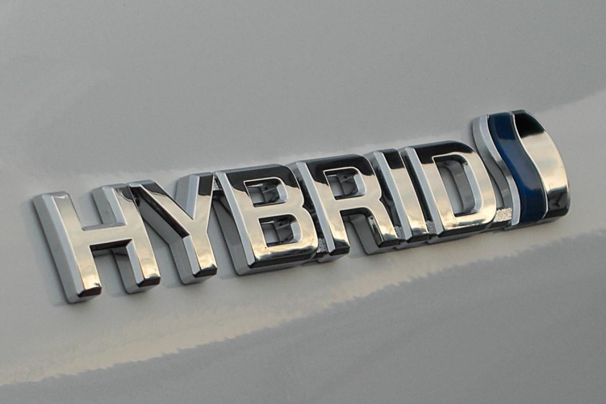 Импорт гибридных автомобилей в Азербайджан резко увеличился