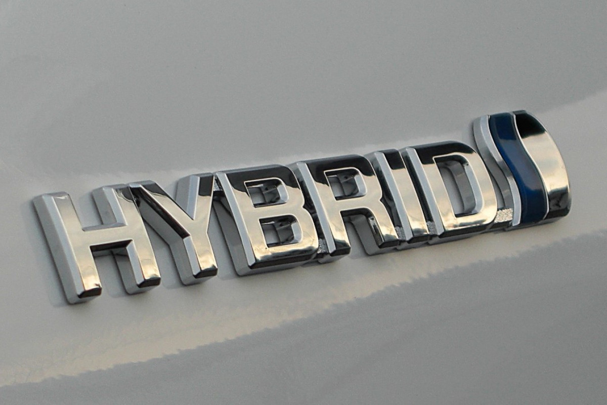 Imports of hybrid cars to Azerbaijan increased more than two times