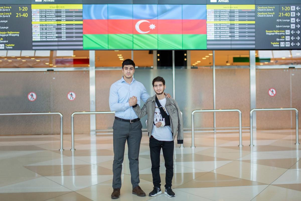 Из Турции на родину после лечения вернулись еще 4 участника войны