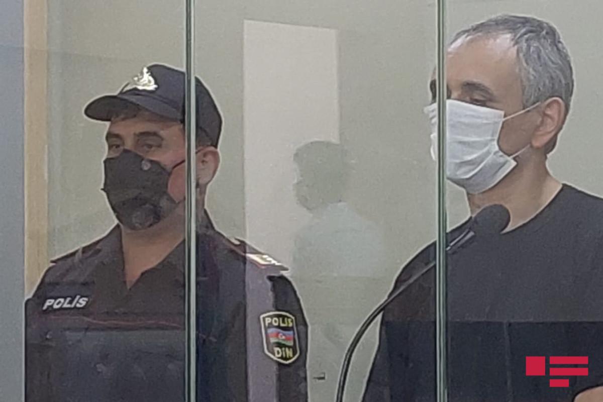Началось судебное рассмотрение по уголовному делу Илькина Сулейманова, обвиняемого в убийстве 10-летней Нармин – <span class=