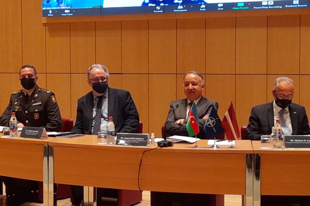 Посол: Благодарю Азербайджан за его вклад в дело мира и стабильности в Афганистане