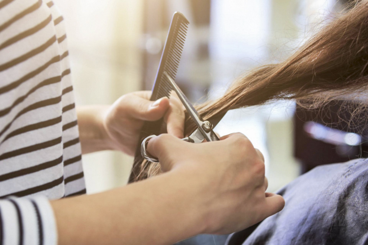 В Азербайджане в парикмахерских и салонах красоты внедряется система онлайн-очереди