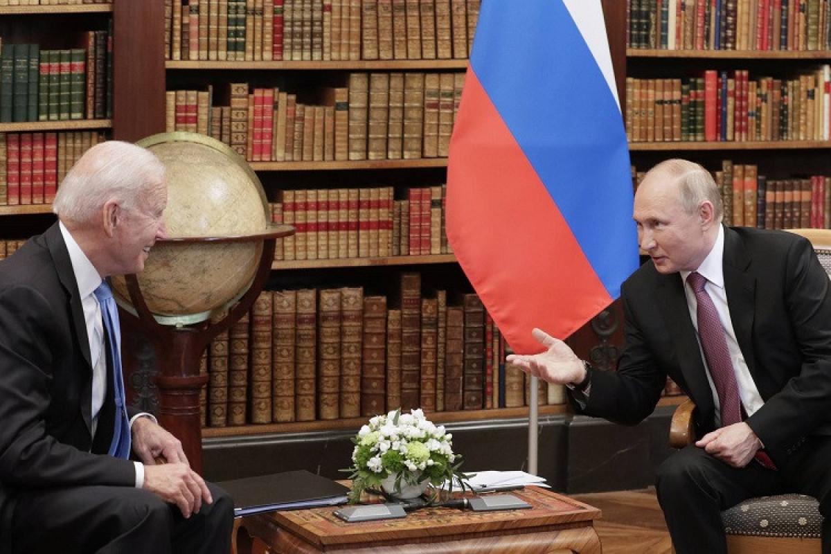 """Putin Baydenin onu """"qatil"""" adlandırmasından sonra verilən izahata qane olub"""