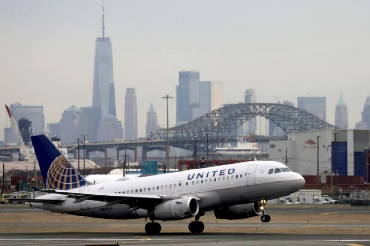 US major airlines websites go down, Downdetector says