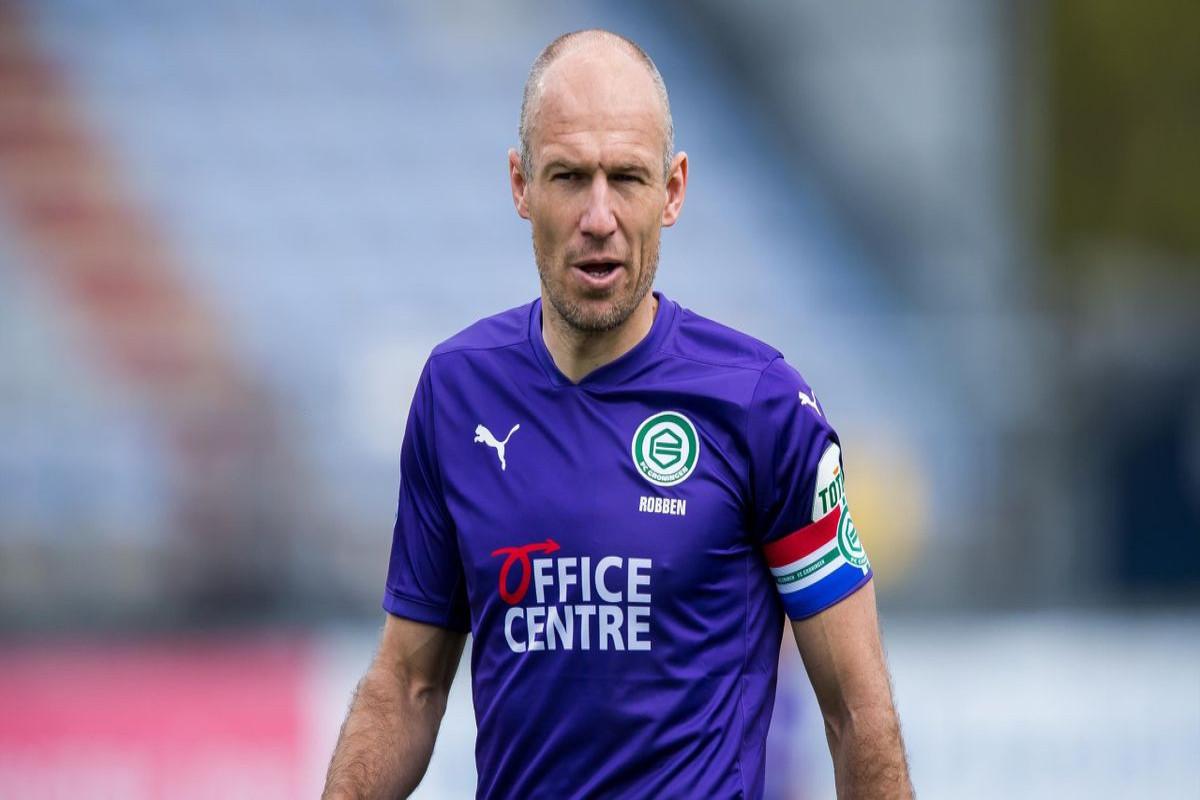 Aryen Robben karyerasını yenidən bitirir