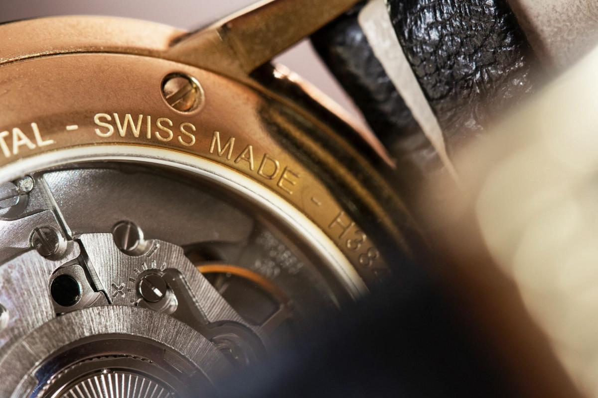 Azərbaycana İsveçrə saatlarının idxalı kəskin artıb