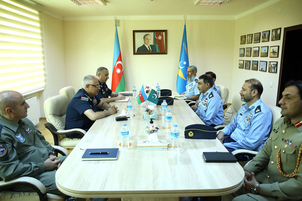 Issues of cooperation between Air Forces of Azerbaijan and Pakistan discussed