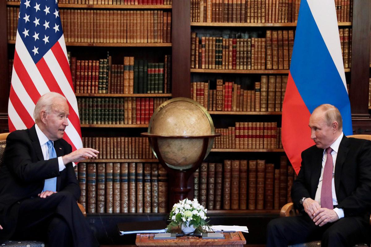 В Кремле рассказали о том, какие вопросы были обсуждены на встрече Путина с Байденом