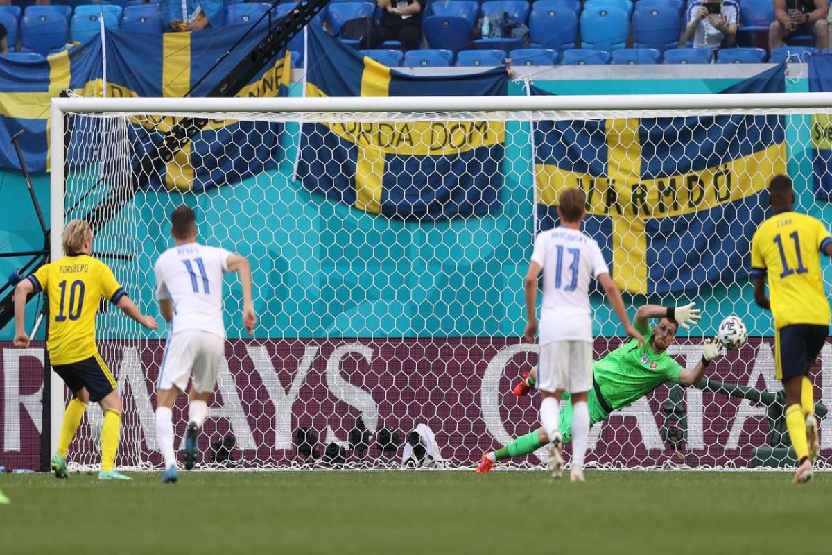 """<span class=""""red_color"""">Евро-2020: </span>Швеция одолела Словакию благодаря голу с пенальти"""