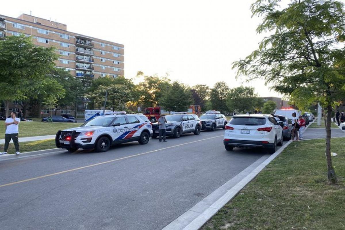 Toronto shooting injures 4, including 3 children