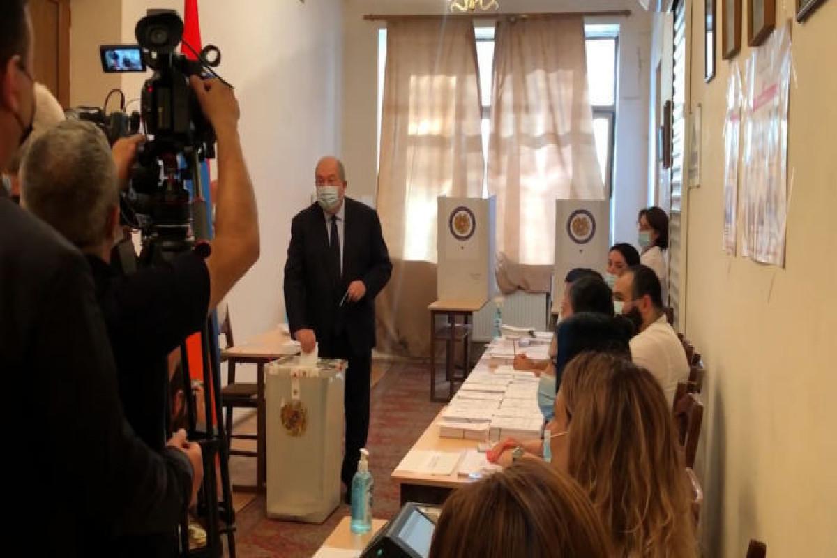 Ermənistanda parlament seçkiləri başlayıb