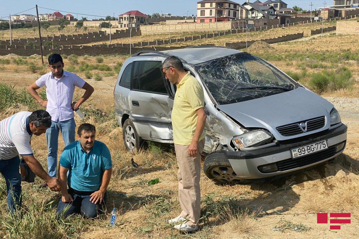 """На автодороге Новханы-Масазыр произошла авария, есть пострадавшие – <span class=""""red_color"""">ФОТО</span>"""