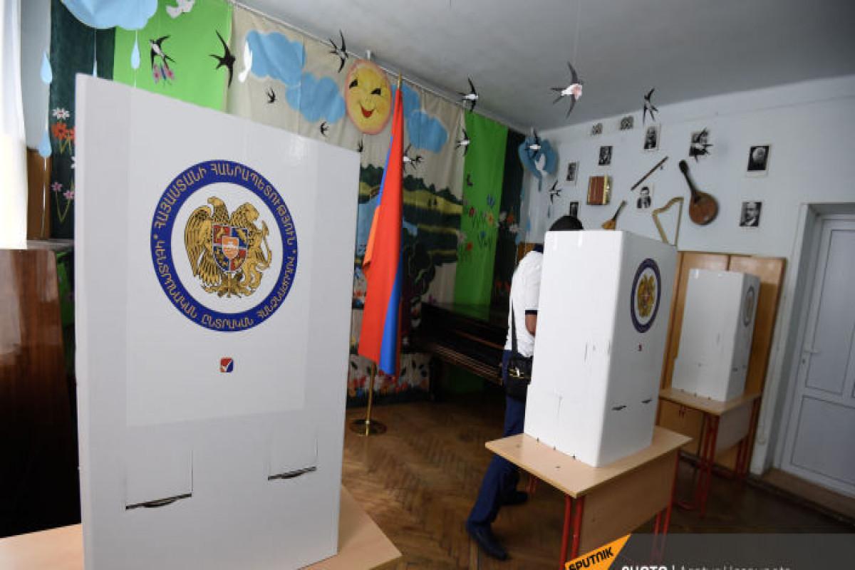 Ermənistanda keçirilən seçkilərdə qanun pozuntuları qeydə alınıb