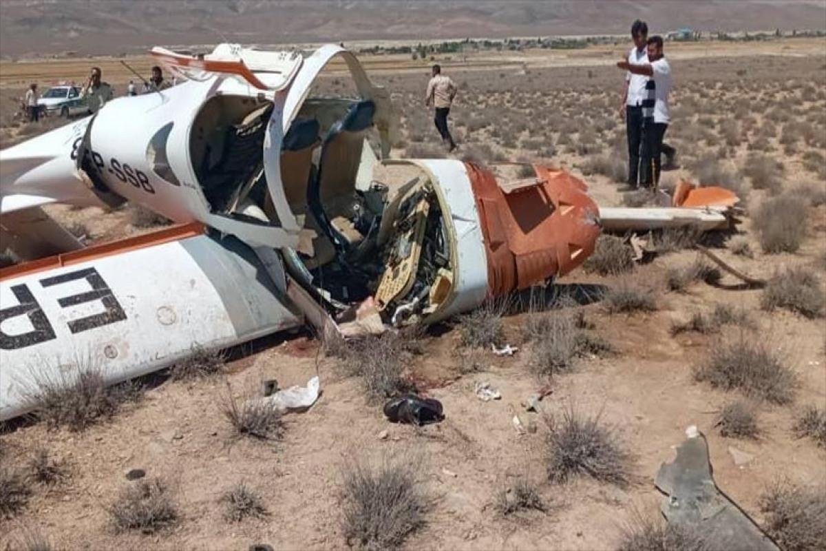 """В результате крушения самолета в Иране погибли два человека -<span class=""""red_color"""">ФОТО</span>"""