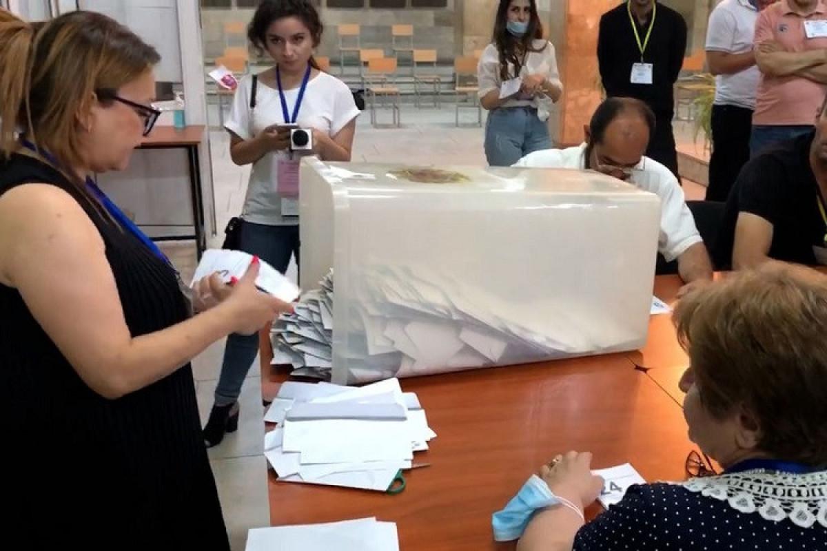 Ermənistanda seçkilər zamanı qeydə alınmış nöqsanların sayı açıqlanıb