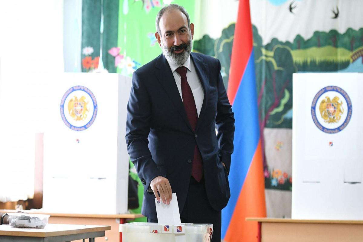 Пашинян поблагодарил Путина и Мишустина за поддержку Армении