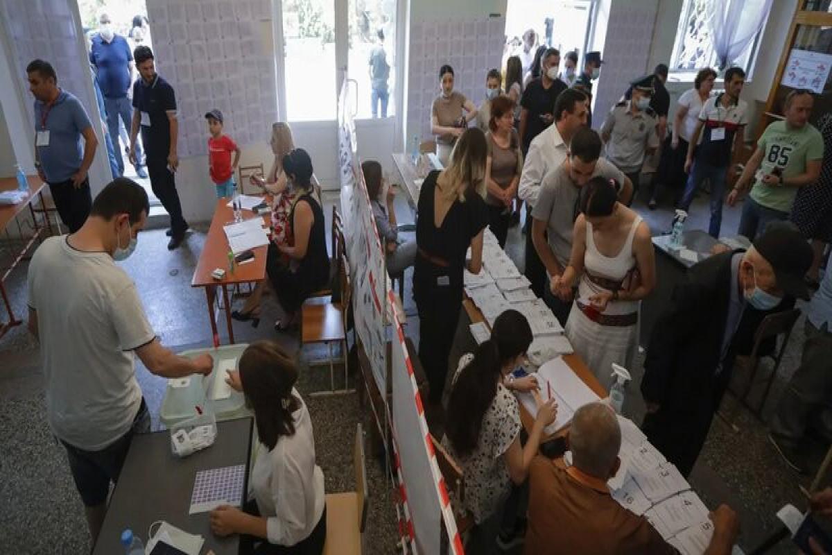 Генпрокуратура Армении получила сообщения о 319 нарушениях на выборах