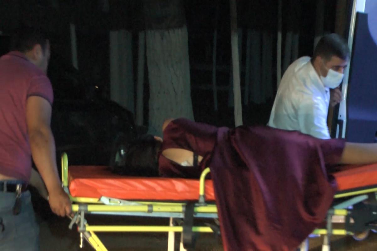 """В Сабирабаде 17-летняя девушка получила ножевое ранение на выпускном вечере -<span class=""""red_color"""">ВИДЕО</span>"""