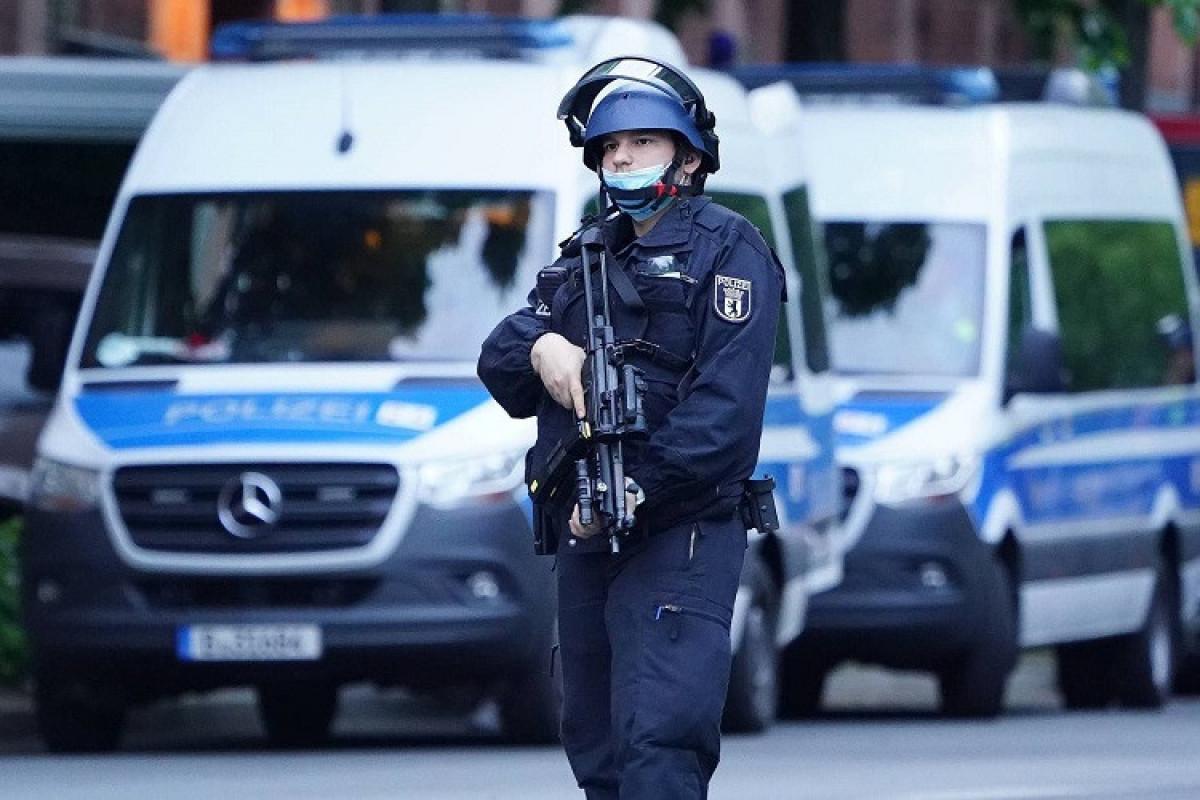 Almaniyada silahlı insident olub, yaralılar var