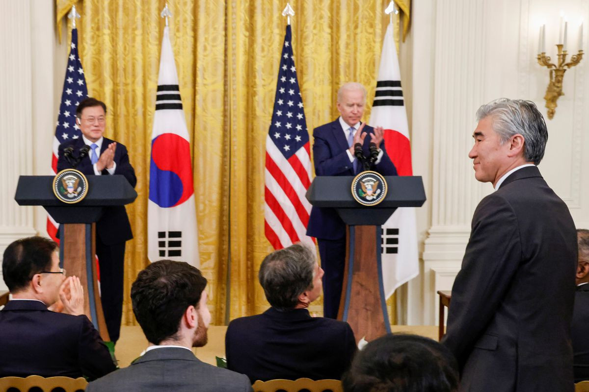 U.S. nuclear envoy says looks forward to positive response on dialogue from N.Korea -Yonhap