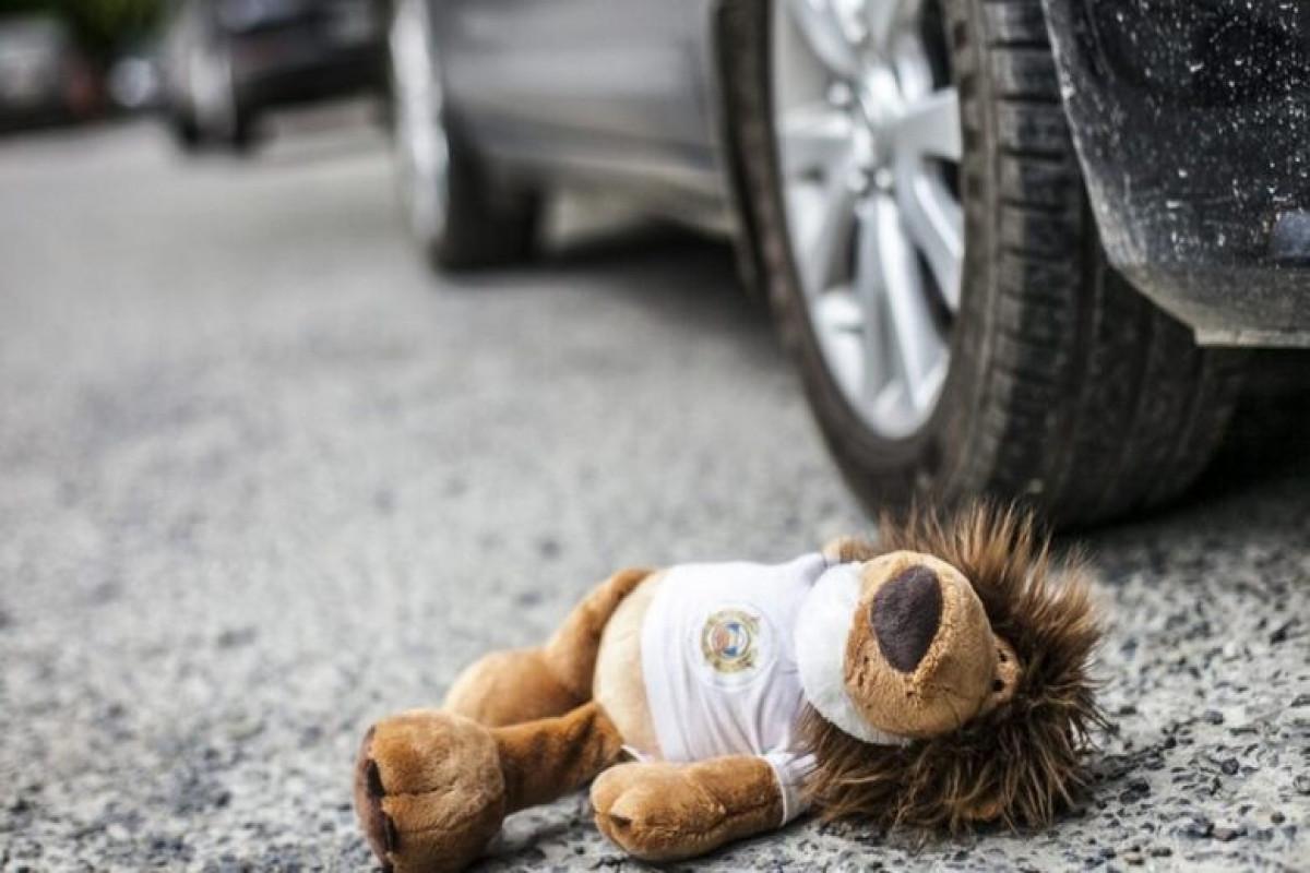 Cəlilabadda 4 yaşlı uşağı avtomobil vuraraq öldürüb
