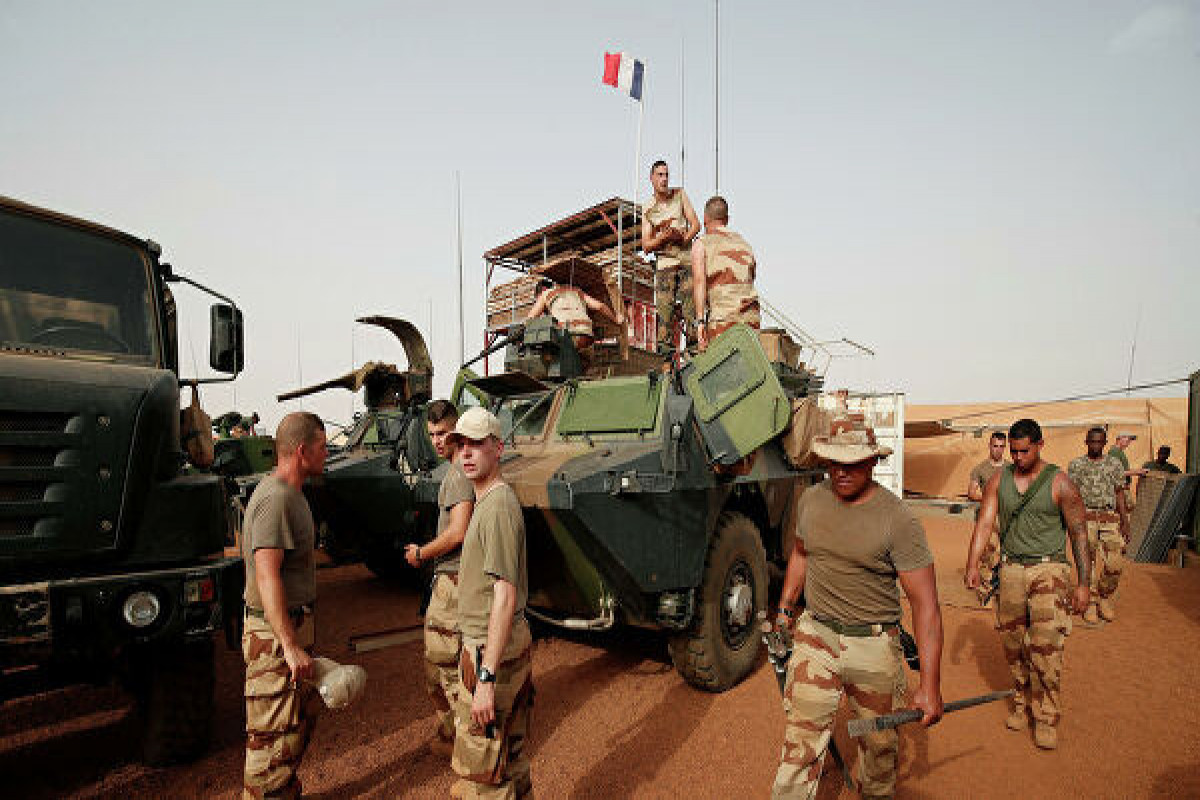 Французские военные подверглись нападению боевиков в Мали