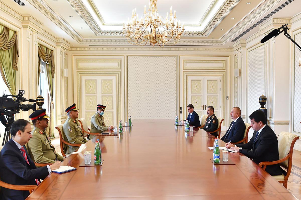 Президент Ильхам Алиев: В предстоящие годы нам необходимо расширять военное сотрудничество с Пакистаном