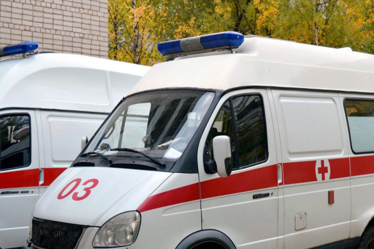 Moskvada üç yaşlı qız ikinci mərtəbədən yıxılıb