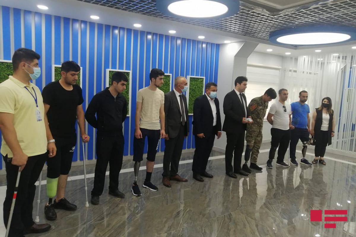 Daha 10 qaziyə son nəsil protezlər təqdim edilib