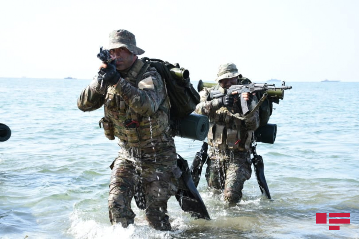 """Hərbi Dəniz Qüvvələri tərəfindən taktiki təlimlərin ikinci mərhələsinə start verilib - <span class=""""red_color"""">FOTOLENT</span>"""