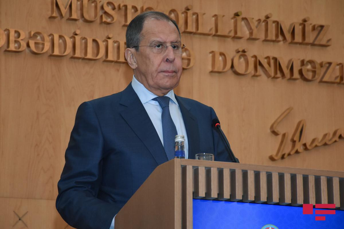 Lavrov BMT-nin Qaçqınlar üzrə Ali Komissarı ilə görüşəcək