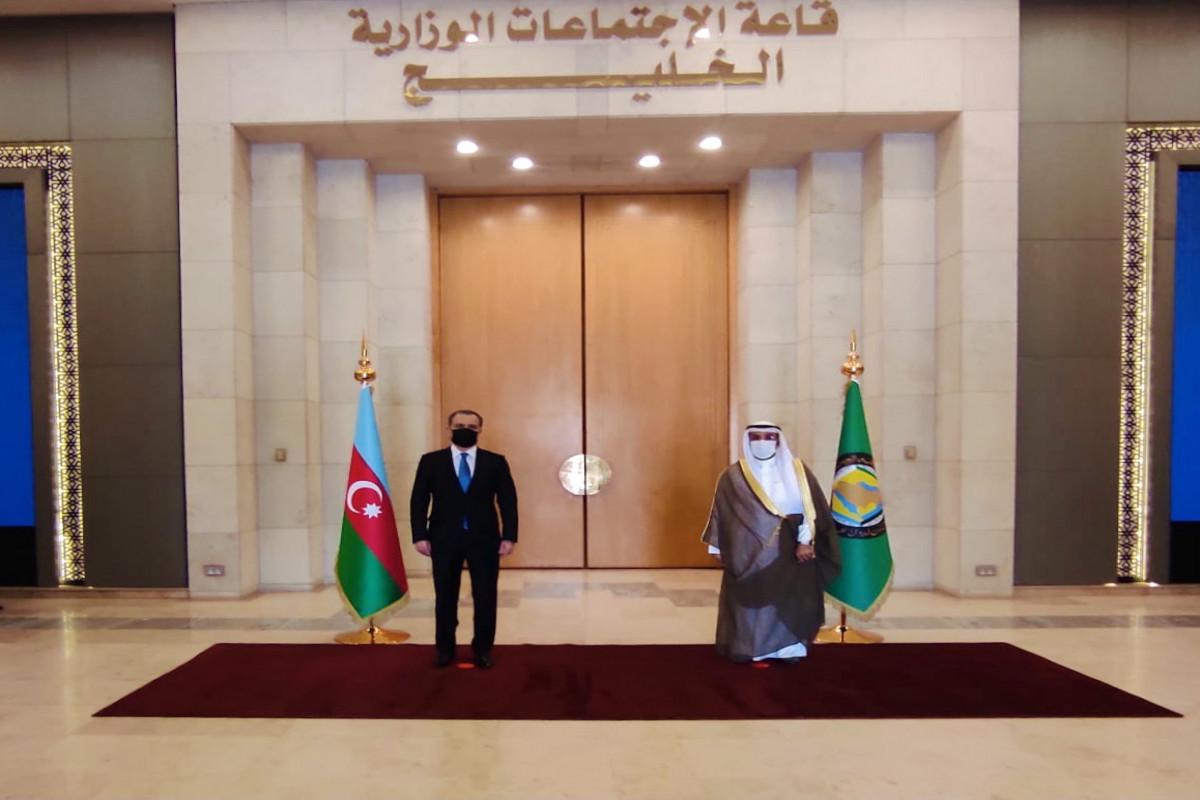 Джейхун Байрамов встретился с генсеком Совета сотрудничества арабских государств Персидского залива