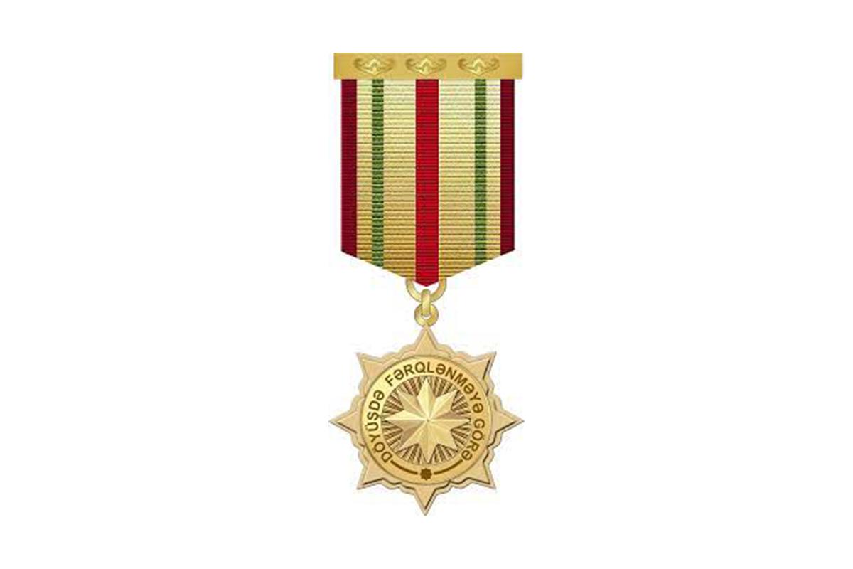 """Bir qrup hərbçi """"Döyüşdə fərqlənməyə görə"""" medalı ilə təltif edilib"""