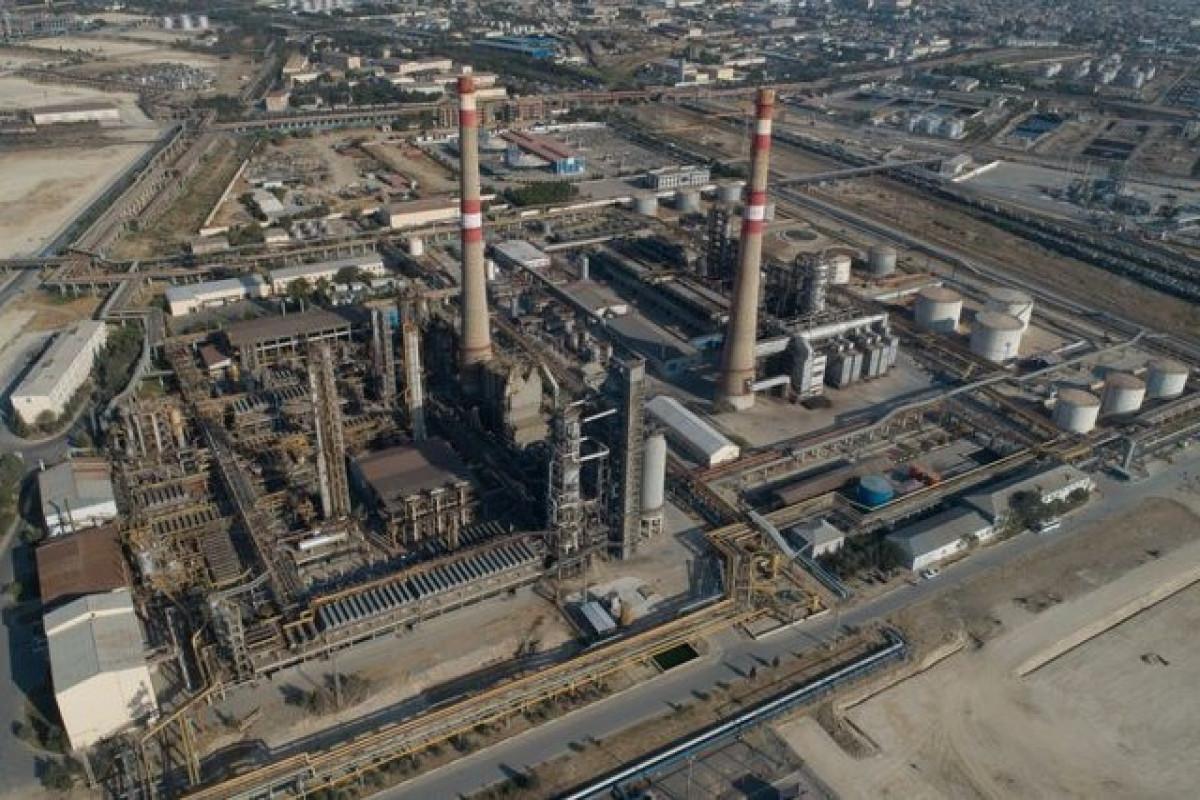 Azerbaijan increases oil refinery