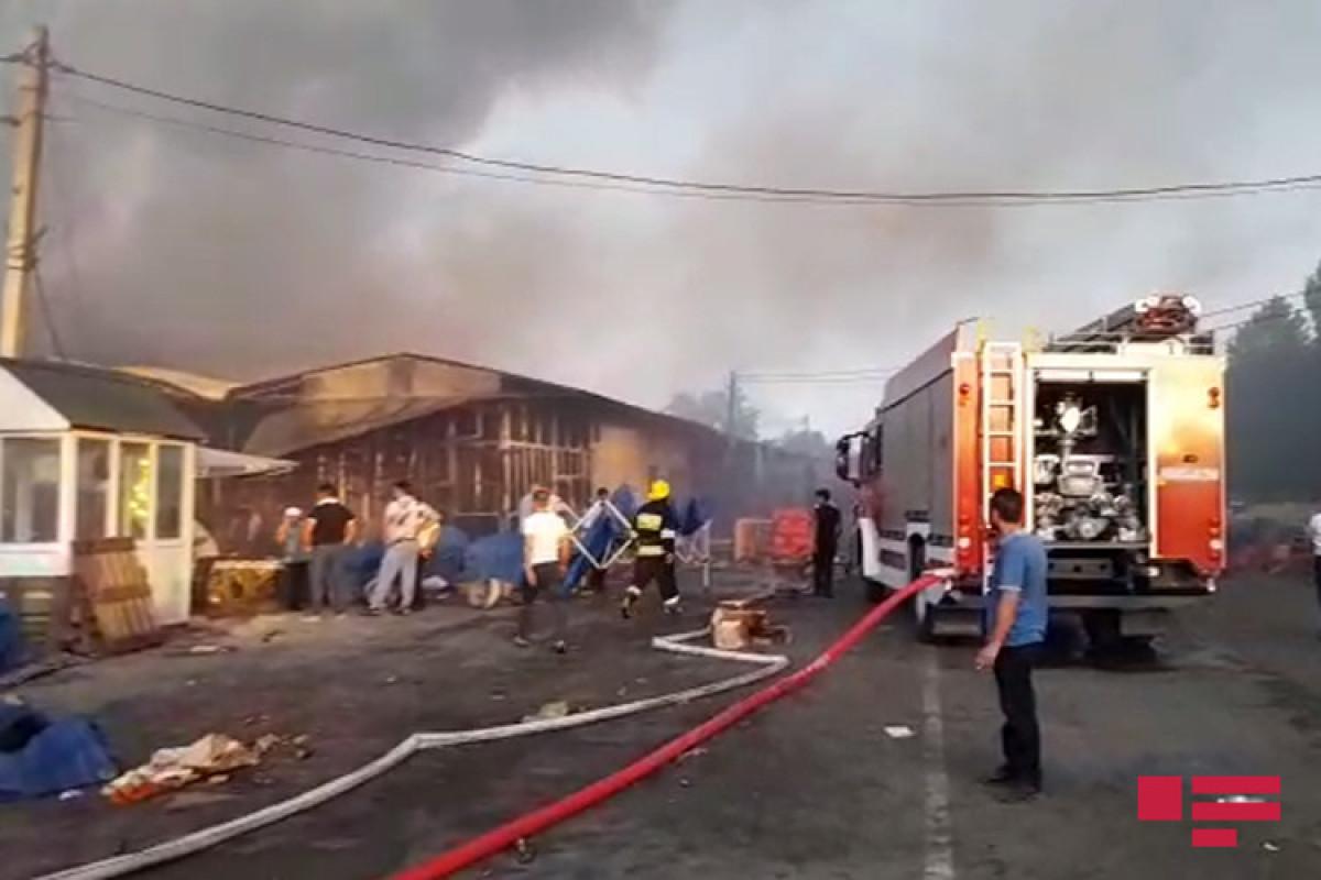 Пожар на рынке в Имишли потушен-ОБНОВЛЕНО