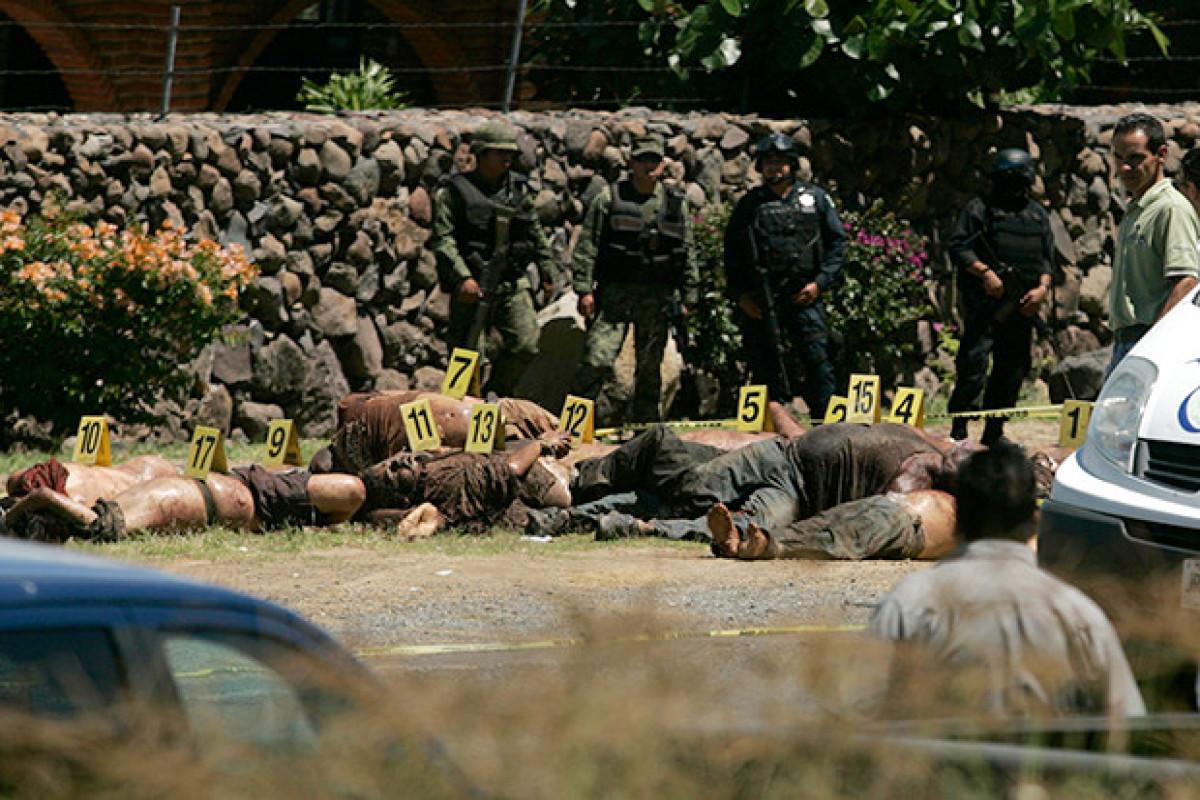 Meksikada iki narkotik karteli arasında atışmada 35 nəfər ölüb