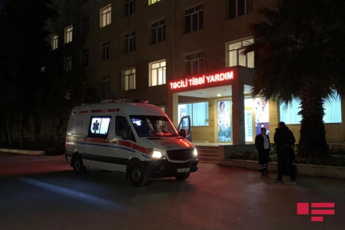 Bakıda motosikletin vurduğu qadın başından xəsarət alıb