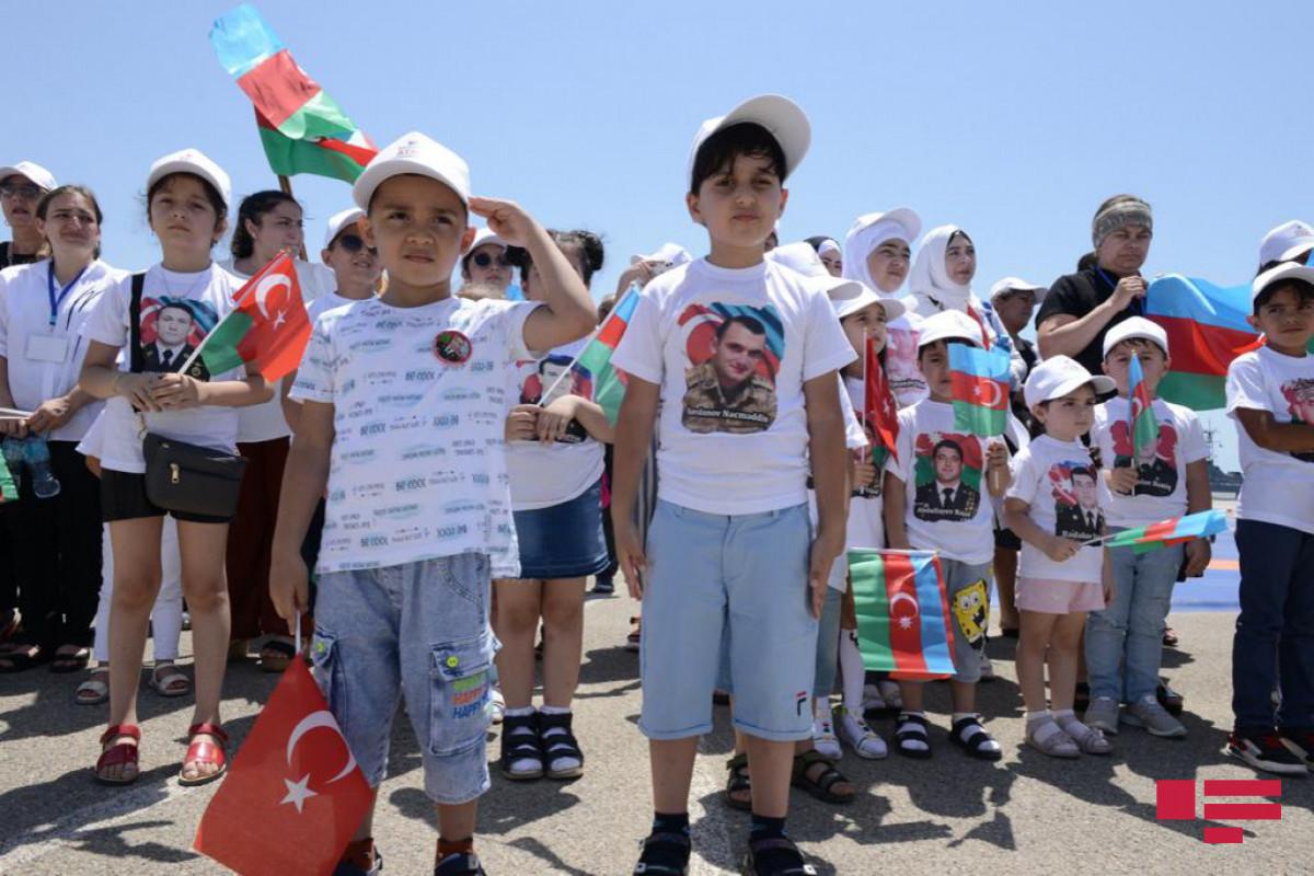 По случаю Дня Вооруженных Сил для детей шехидов организовано мероприятие «Мой отец-герой» -ФОТО