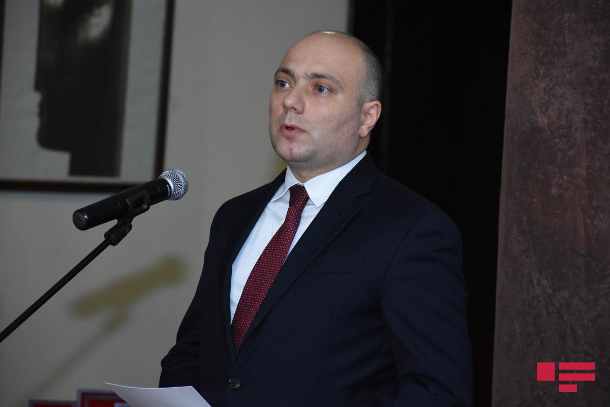 """Anar Kərimov: """"Qəhrəmanlıq salnaməsini yeni nəsillərə ötürmək bizim borcumuzdur"""""""