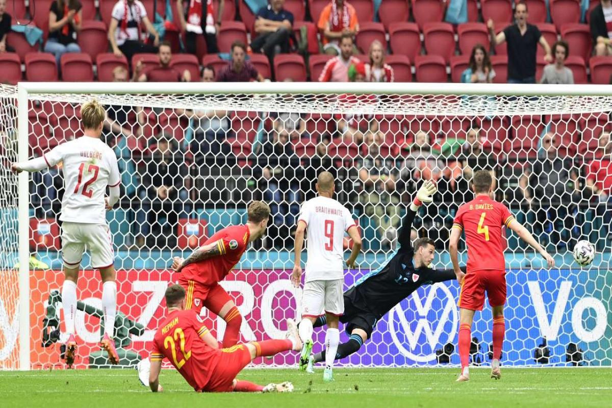 Евро-2020:  Дания, разгромив Уэльс, сыграет в четвертьфиналев Баку