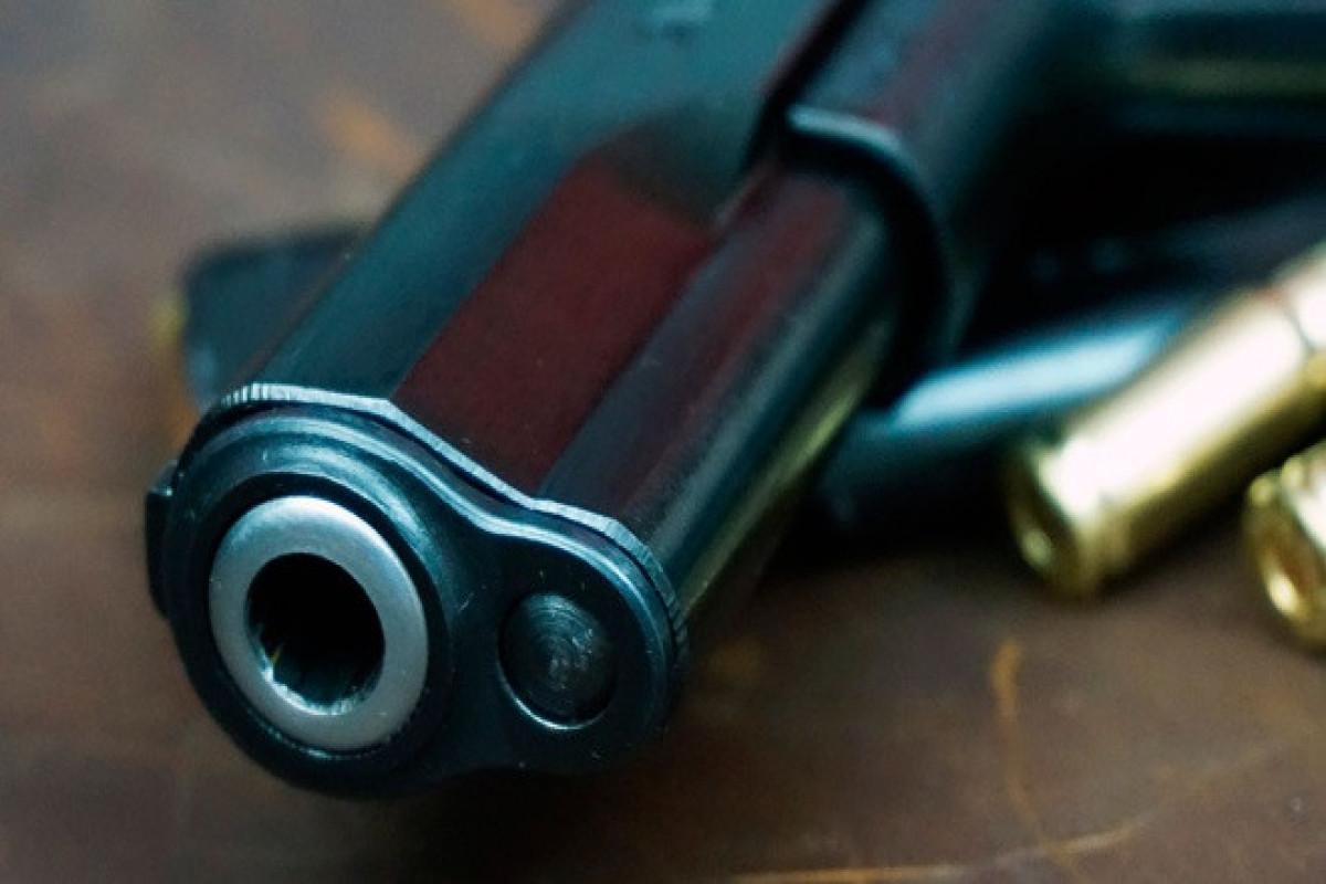 В Индии охранник банка открыл стрельбу по посетителю, отказавшемуся надевать маску