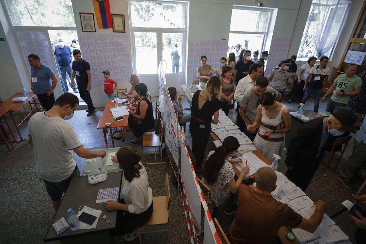 ЦИК Армении отклонил ходатайства о признании недействительными итогов выборов