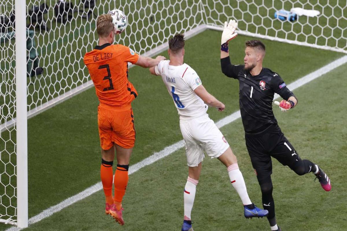 Евро-2020:  Чехия обыграла Нидерланды в 1/8 финала