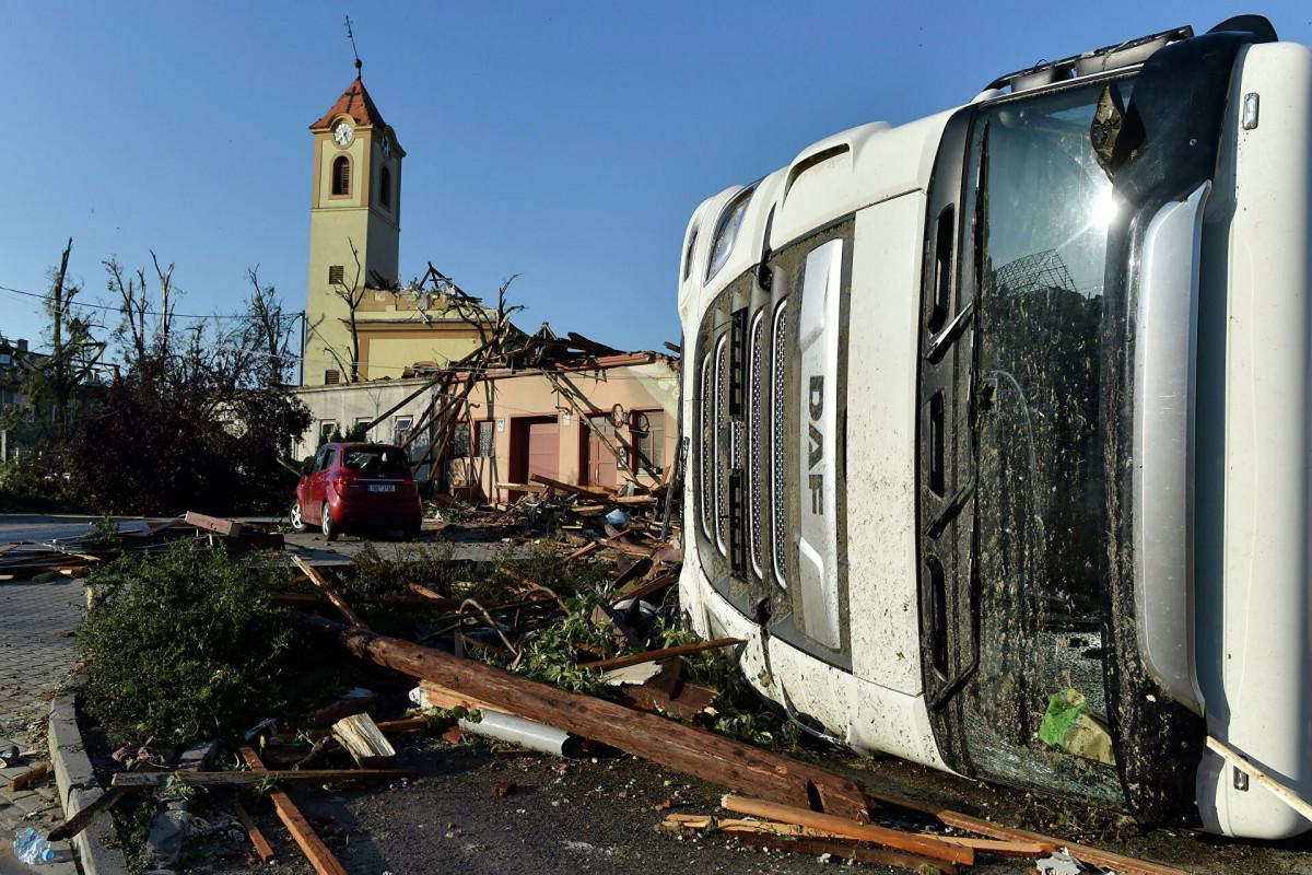 В Чехии число жертв торнадо увеличилось до шести