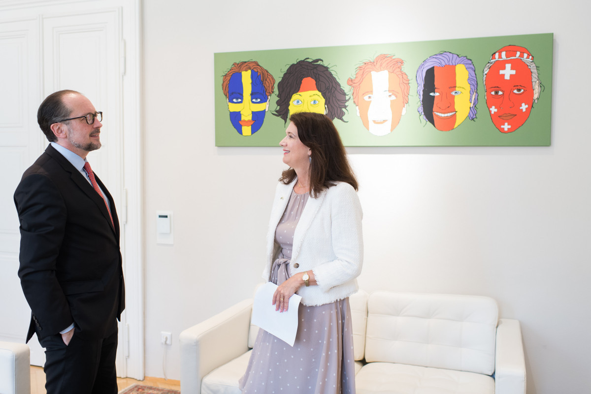 OSCE Chairperson-in-Office meets with Austrian FM