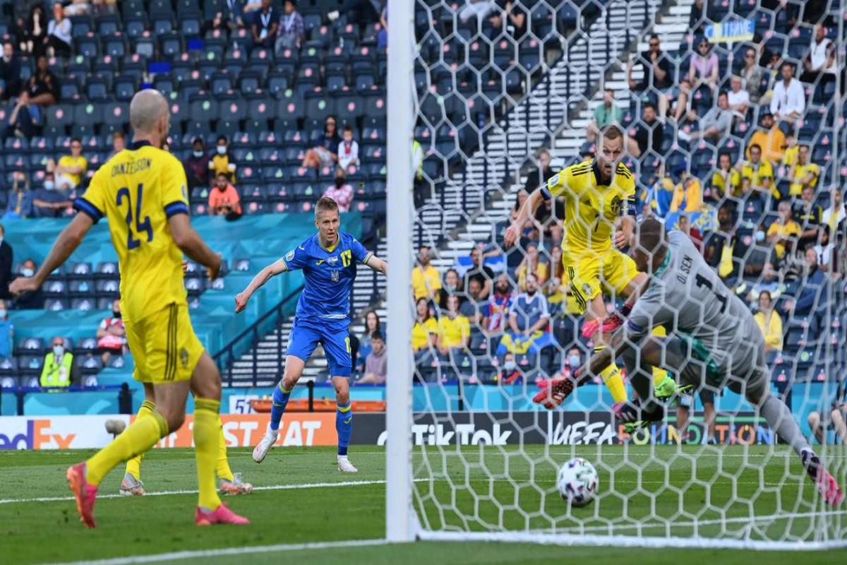Евро-2020:  Сборная Украины вырвала победу у Швеции и вышла в 1/4 финала